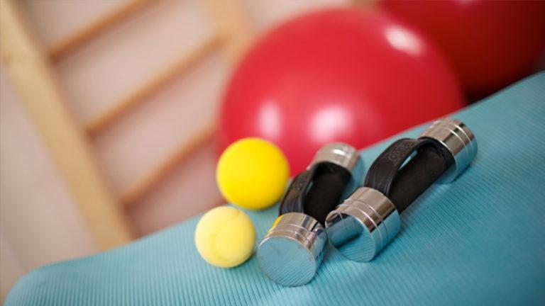 Funktionelle Bewegungslehre helfen dir, Bewegungsabläufe im Alltag zu optimieren.
